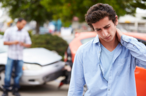 4 Serious Neck & Back Injury Symptoms From a Car Accident